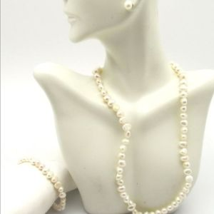 Elegant Sterling and Pearl Jewelry Set 40.38g